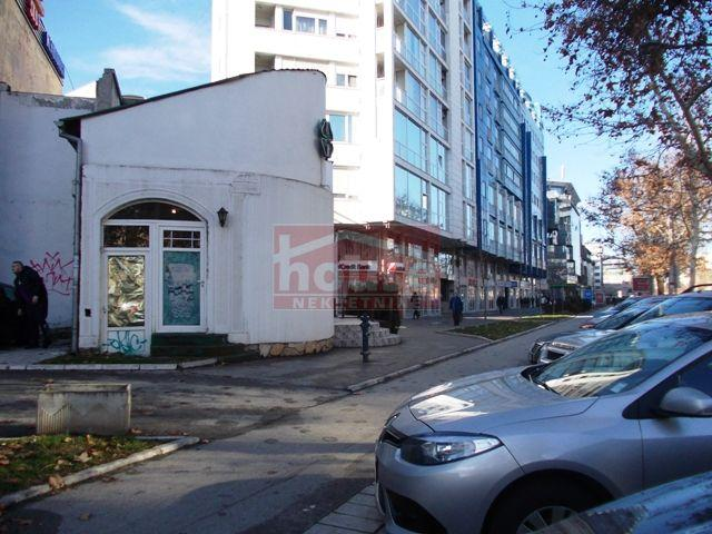 Poslovni prostor 85m² Bulevar