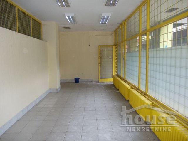 Poslovni prostor 33m² Bulevar