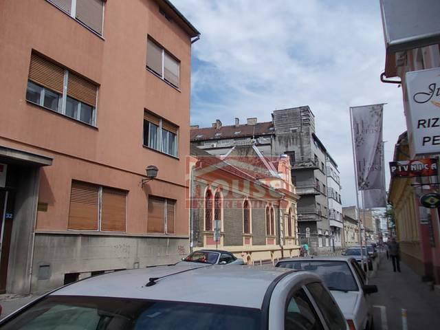 Poslovni prostor , Novi Sad , Prodaja | Poslovni Prostor 485M² Centar